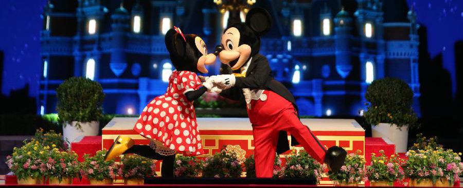 Shanghai Disney recibe más de un millón de visitantes